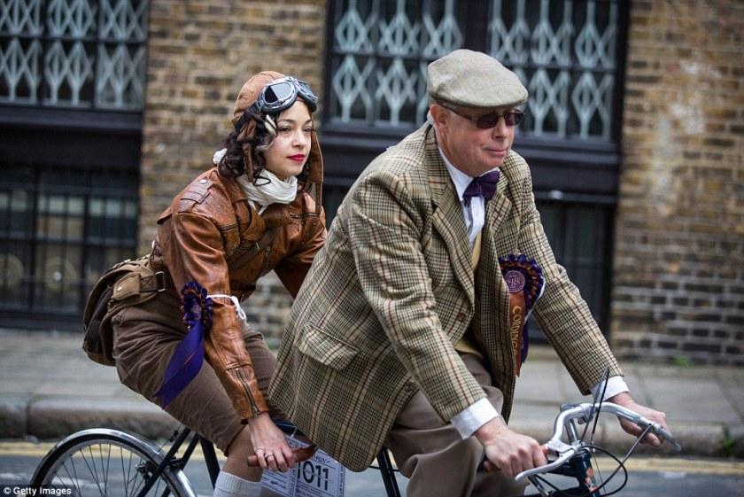 The Tweed Run | Tweed Attire | Gresham Blake